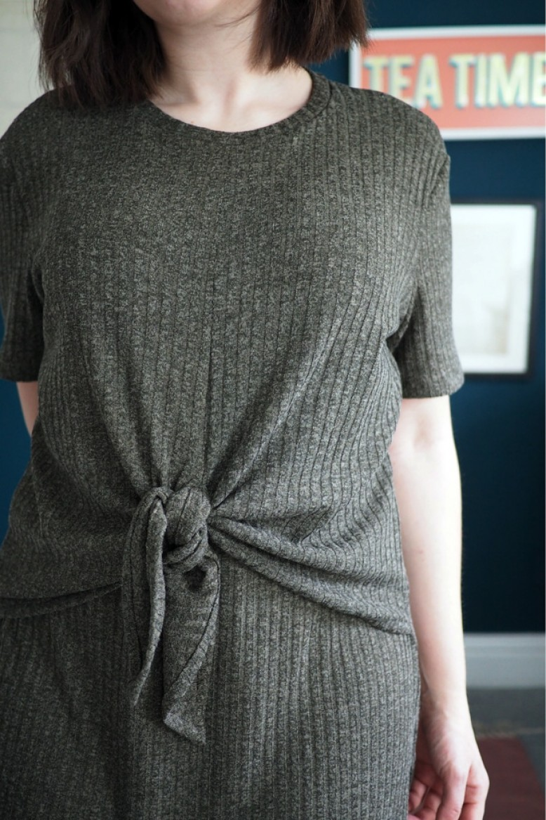 REMNANT MELANGE JERSEY KNIT QUALITY STRETCH DRESS//TEE FABRIC APPROX 1.5 METRE