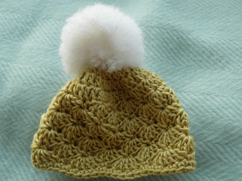 b8c2ab358d3 It s been a while since I wrote a crochet pattern but the shell stitch hat  has remained popular.