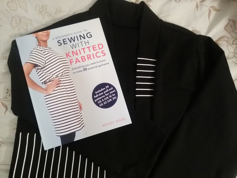 A Beginners Guide To Sewing With Knitted Fabrics Book Review By