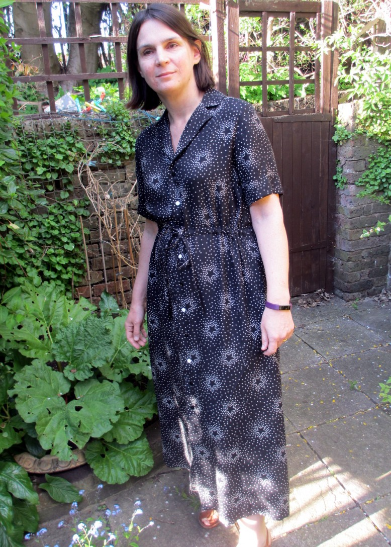 2655565350d This dress is going to be such a summer staple for me - really easy to wear  and comfortable with a little bit of a 70's vibe, I already have plans for  ...